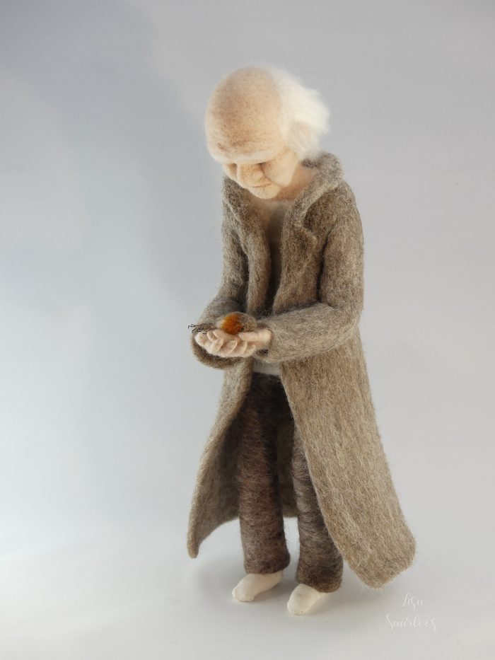 Farewell to a friendship, needle felted sculpture by Lisa Saarloos